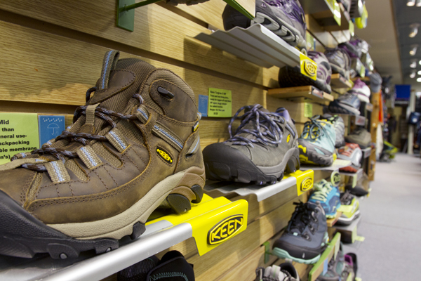 ShoeWall24